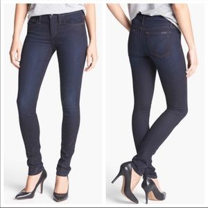 Joe's Jeans The Skinny Fit in Auria Wash Jeans